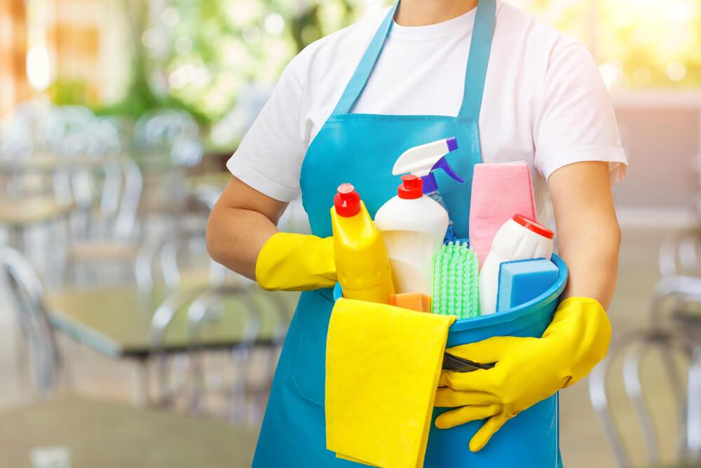 como-utilizar-produtos-de-limpeza-sustentaveis-em-sua-empresa.jpeg